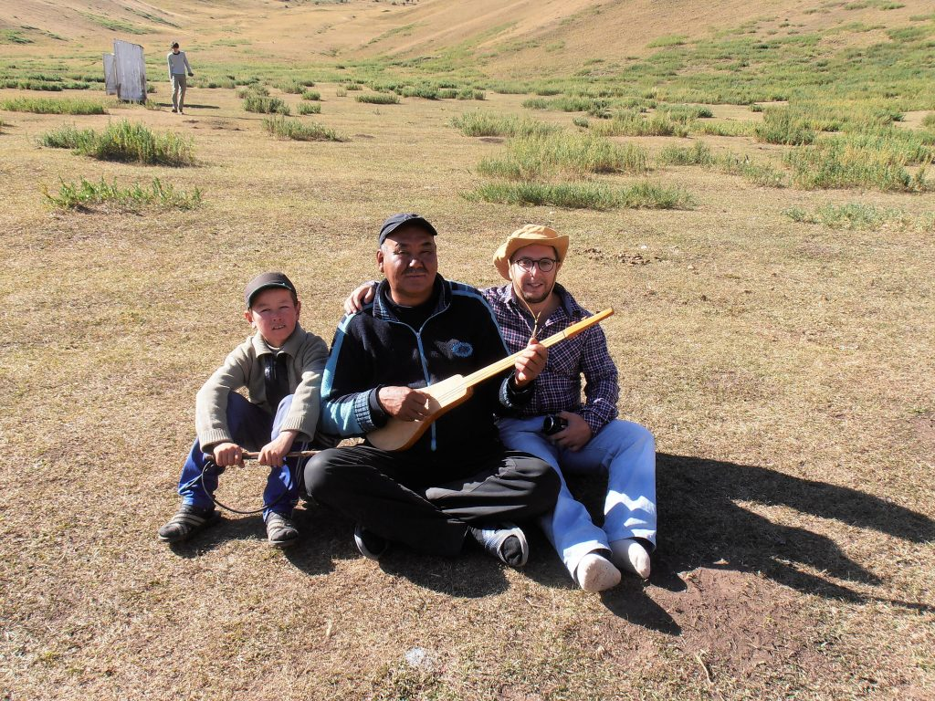 rencontre-avec-une-famille-kirghize