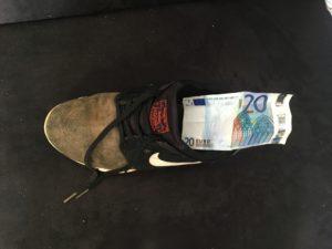 liquide dans chaussure