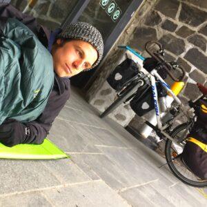 Voyager à vélo: les expériences de Matteo