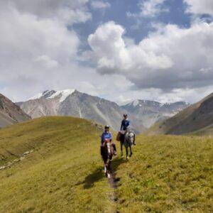 Guide francophone kirghizistan a cheval